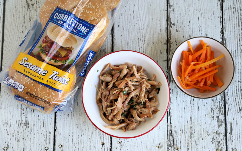 Thai Pulled Chicken & pickled Carrots with Sesame Hamburger Rolls