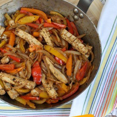 Vegan Chicken Fajita Skillet