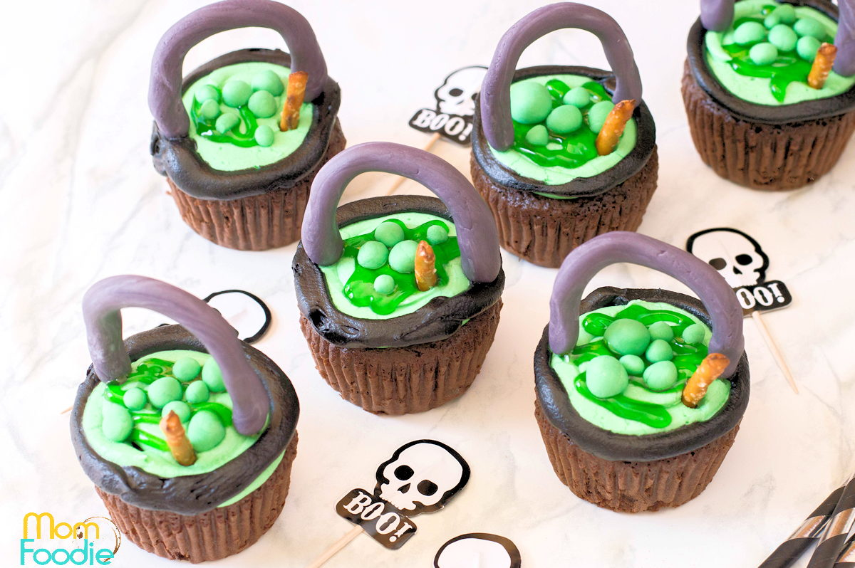 Witch Cauldron Cupcakes