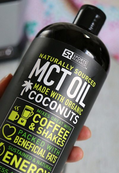 10 Amazing Benefits of MCT Oil + How to Add it to Your Keto Diet