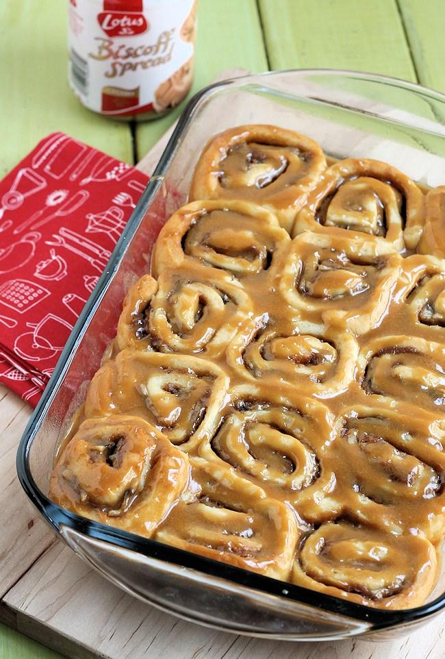 biscoff banana sweet rolls