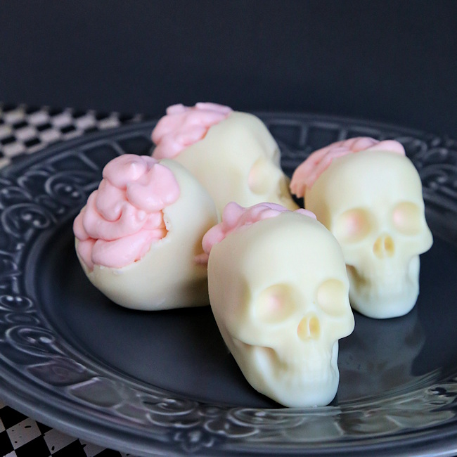 brain dessert in skull white chocolate