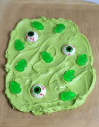 candy bark eyes and frogs