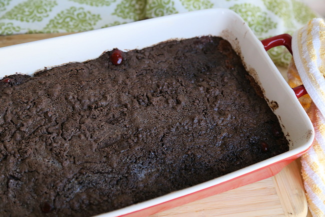 chocolate covered cherry dump cake
