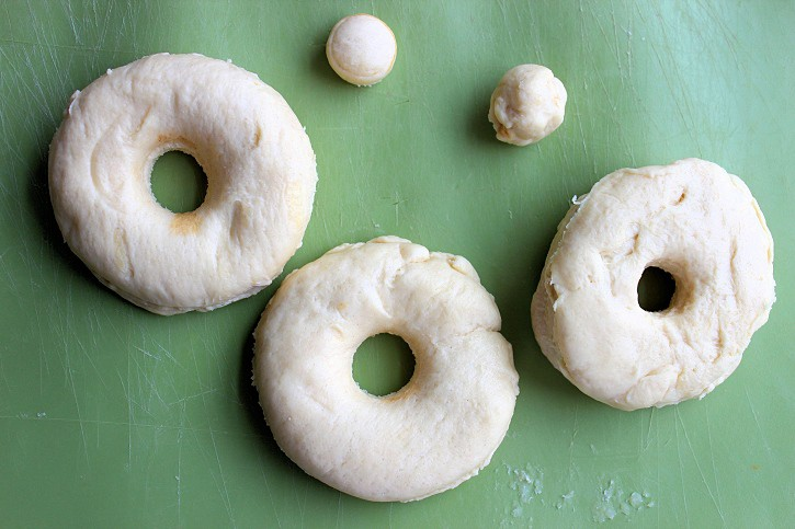 easy cronuts recipe - cut