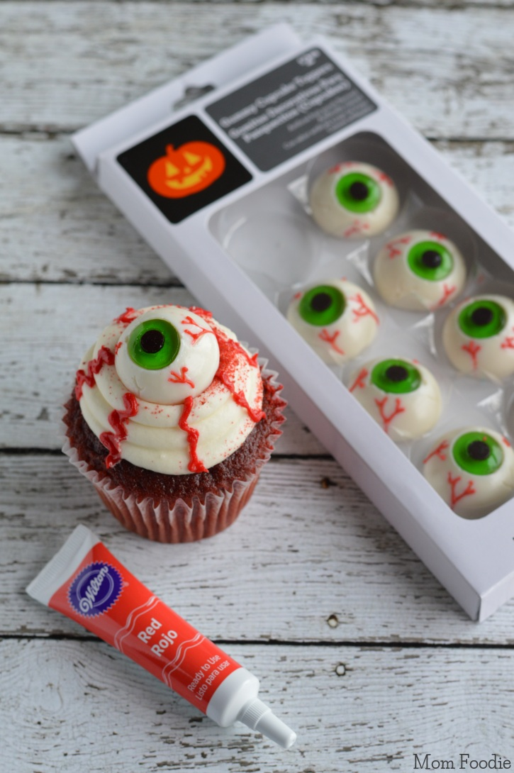 Easy eyeball cupcakes last minute halloween party food for How to make halloween cupcakes from scratch