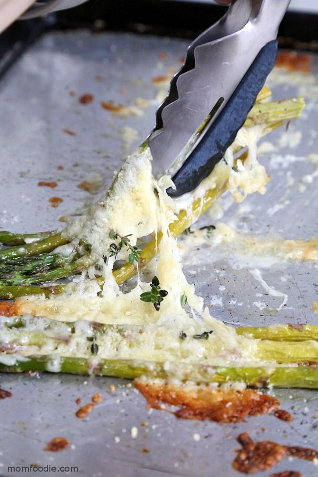 gooey cheesy baked asparagus