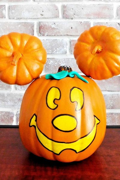 Mickey Mouse Pumpkin – DIY Painted Mickey Jack-o-Lantern