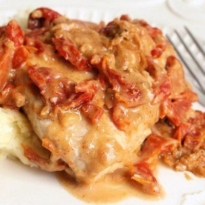 Healthy Chicken in Rich & Creamy Sun Dried Tomato Gravy