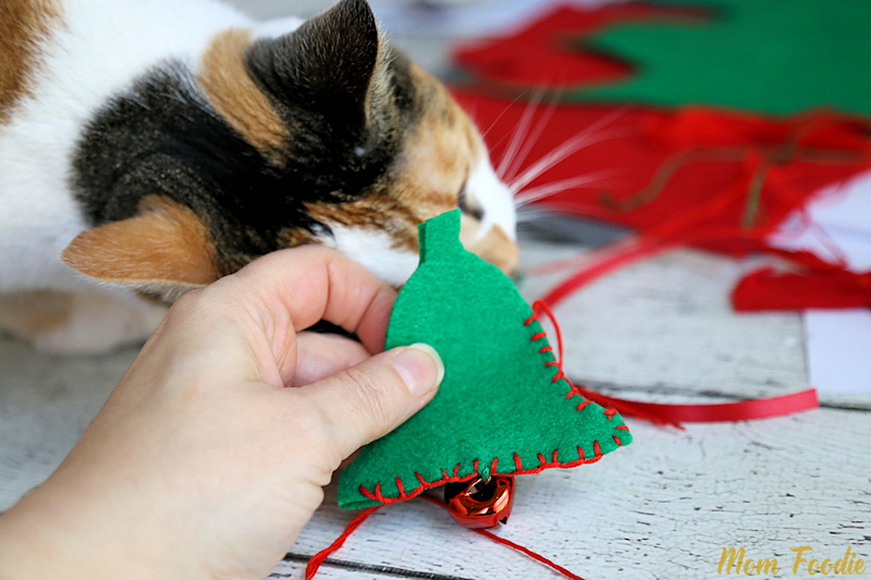 sewing cat toys