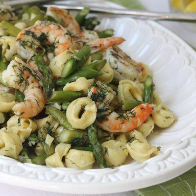 Shrimp, Asparagus & Tortellini in Lemon-Dill Scampi ~ Easy Recipe