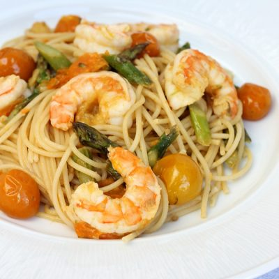 Shrimp, Asparagus & Heirloom Tomato Ginger Scampi Recipe