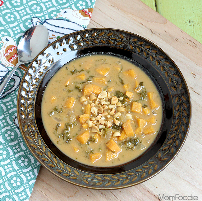 spicy sweet potato & kale peanut soup