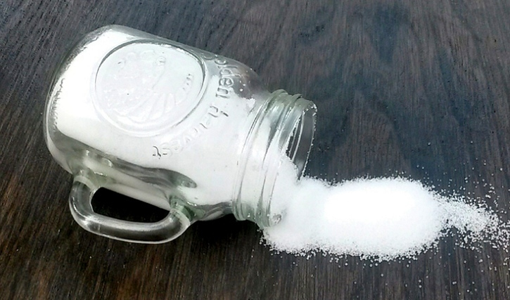 uses for salt beyond cooking