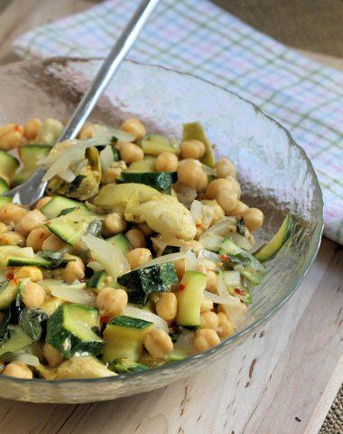 zucchini salad with chick pea and artichoke